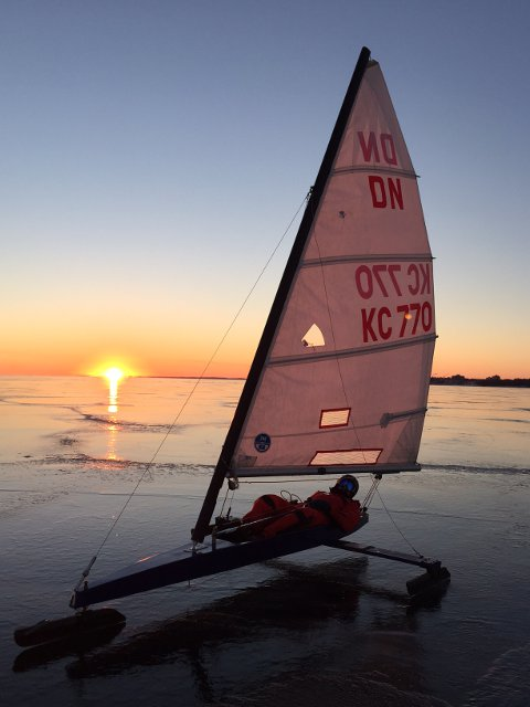 2015-01-Iceboat-002.jpg